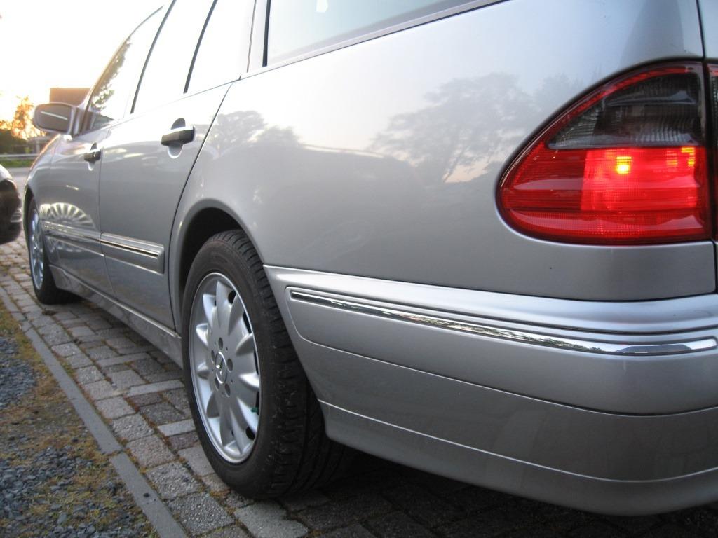 Mercedes-Benz E-Klasse Combi 240 7-persoons Xenon | youngtimer | schuifdak foto's
