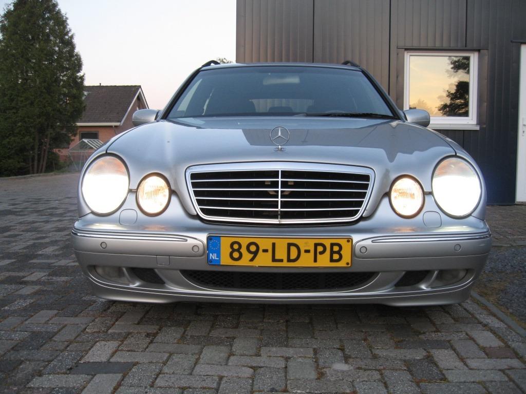 Mercedes-Benz E-Klasse Combi 240 Elegance 7-persoons Xenon youngtimer schuifdak foto's