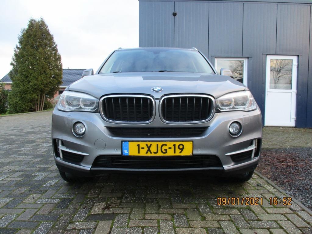 BMW X5 sDrive25d foto's